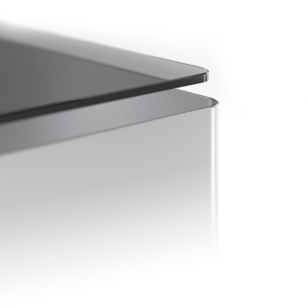 Aluminium et verre trempé