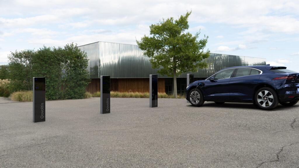 bornes de recharge Qovoltis sur parking d'entreprise
