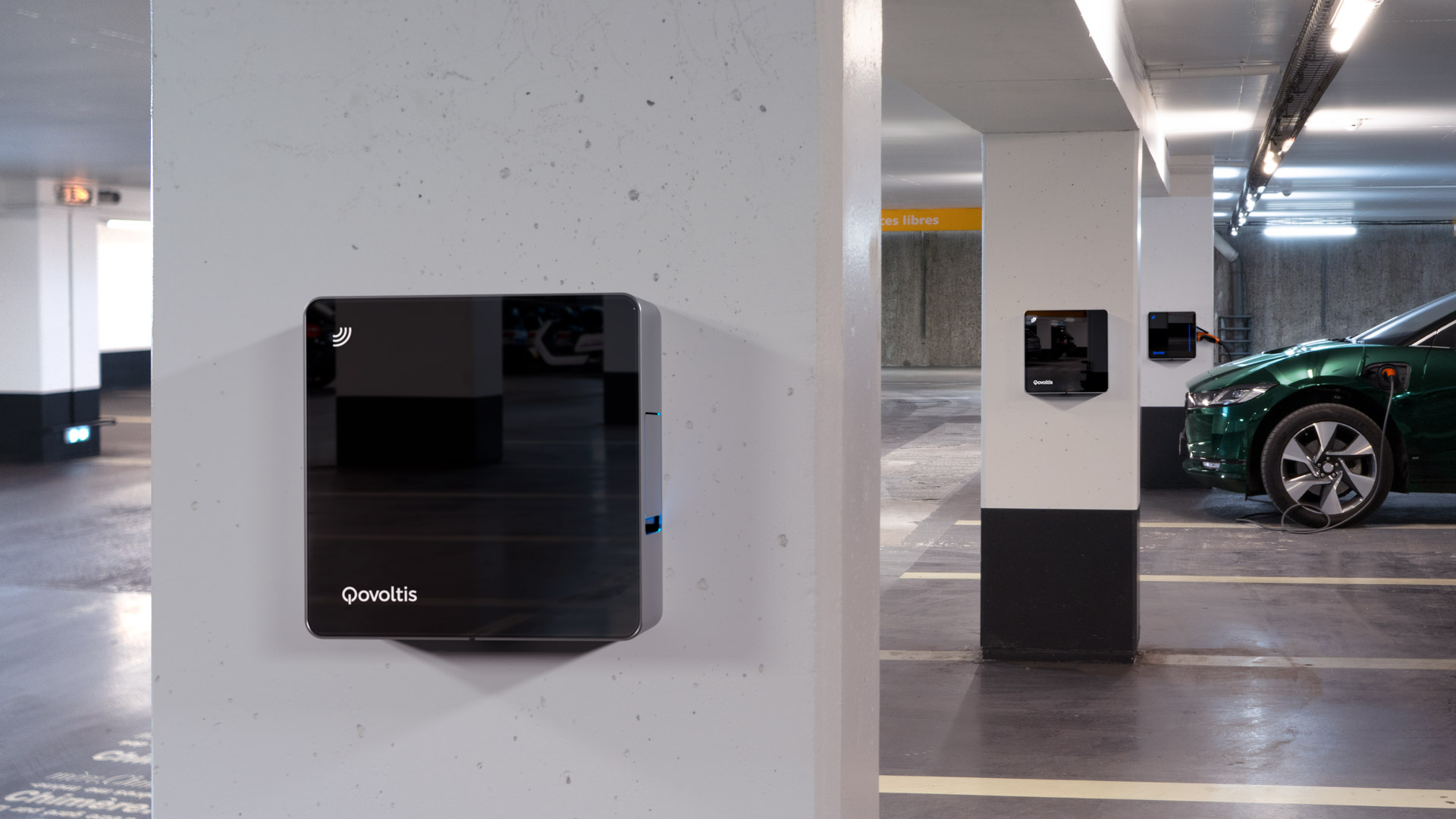 Qovoltis, smart charger pour parkings publics